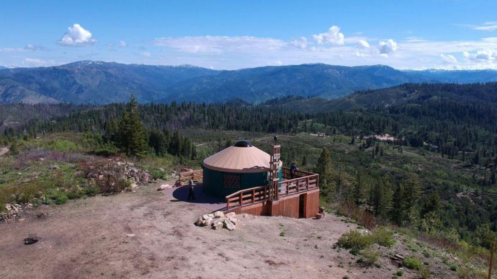 stargazer yurt with no snow