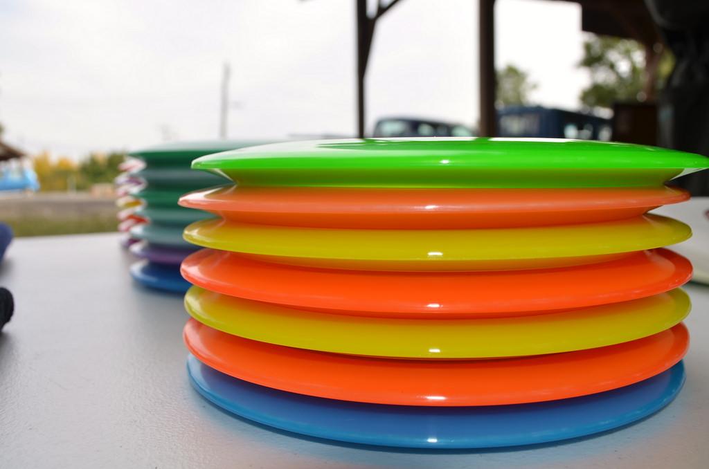 disc golf frisbees